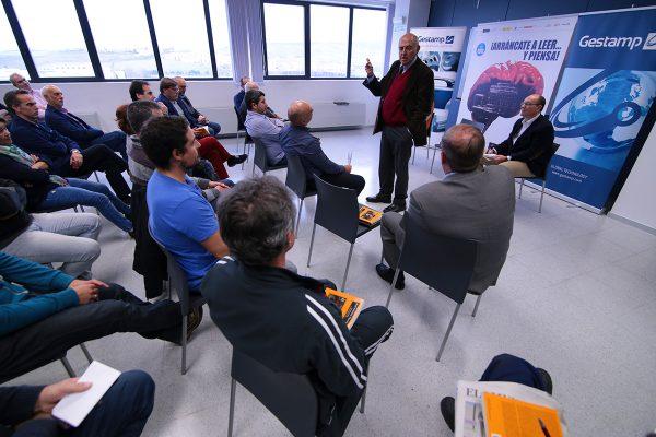 En Gestmap, José Antonio Marina analizó con los trabajadores los principios recogidos en el El pequeño tratado de los grandes vicios