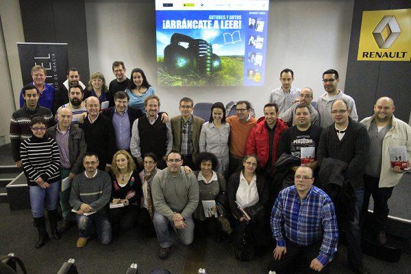 Los trabajadores de Renault se sumergieron en la historia de la literatura de la mano de Santiago Posteguillo leyendo La Sangre de los libros