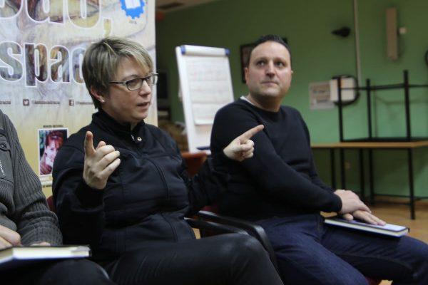 Los trabajadores de Valeo disfrutaron del coloquio con Imma Turbau sobre su libro  El rostro del tiempo